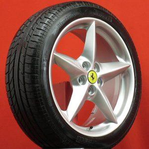 Ferrari Rim&Tyre 4